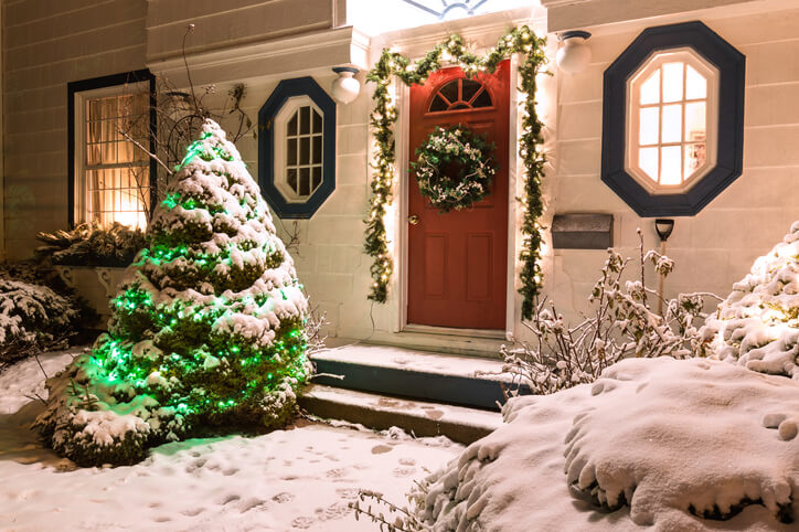 How to Sell Your House During the Holidays